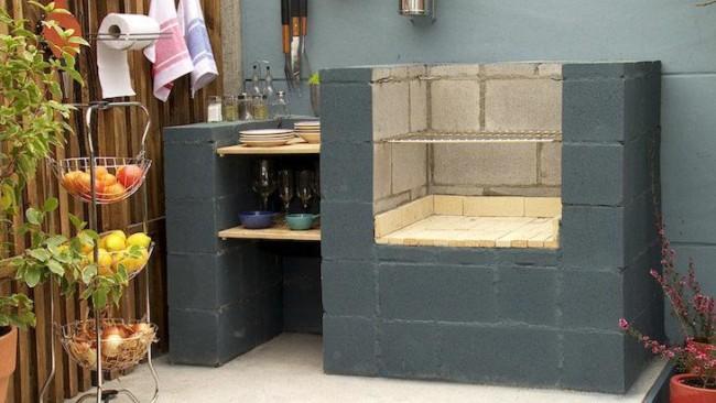 Churrasqueira com blocos de concreto