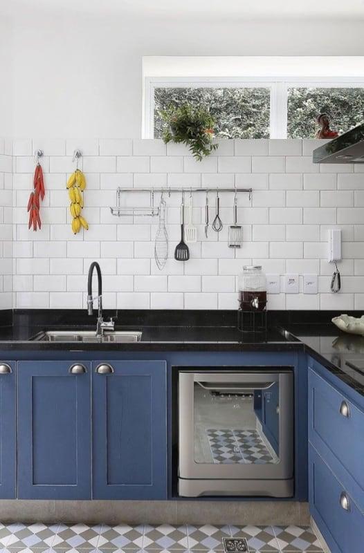 Granito São Gabriel na cozinha planejada