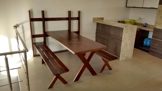 Mesa dobrável de parede para churrasco de madeira