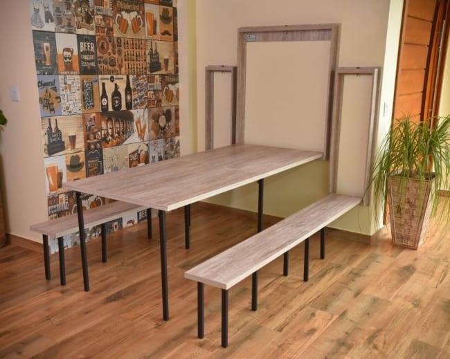 Mesa dobrável de parede para churrasco