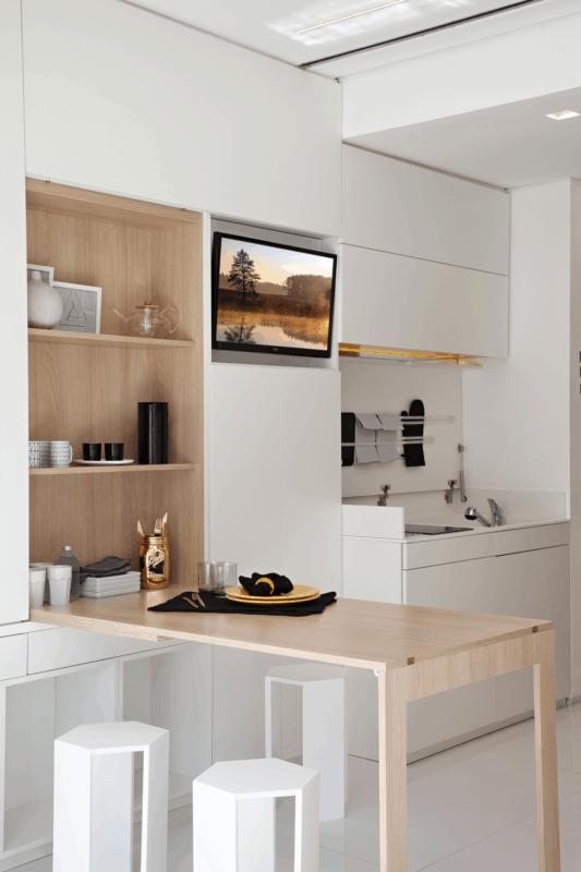 Mesa dobrável de parede para cozinha amadeirada
