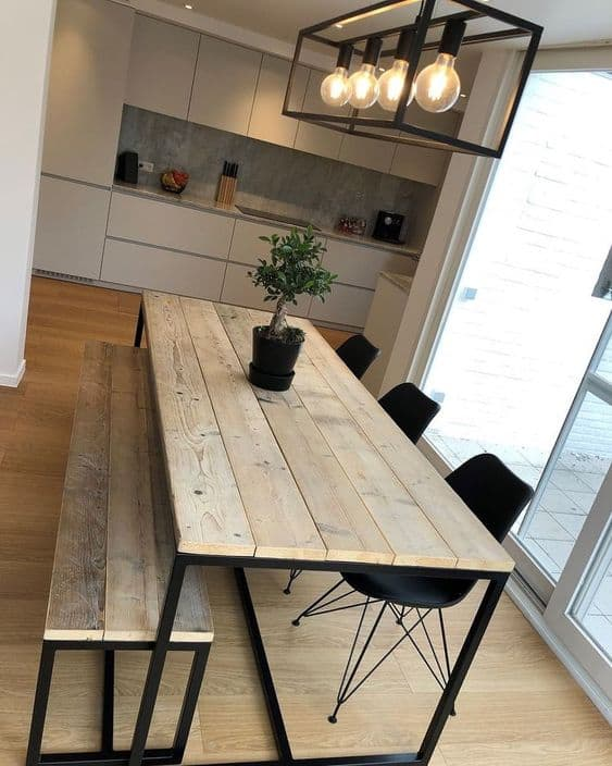 Modelos de mesa de jantar industrial com banco e cadeiras