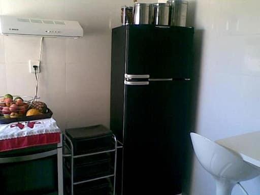 Papel Contact para cozinha geladeira preta