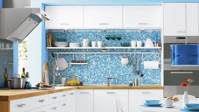 Papel contact para cozinha parede azul