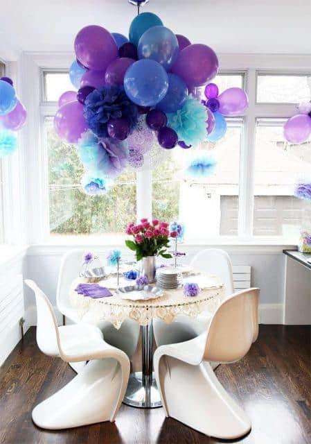 Pompom de papel crepom luxo com balões