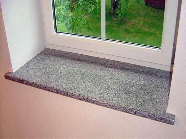 Soleiras de granito na janela