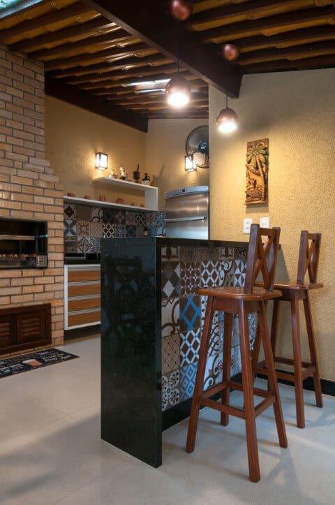 area de churrasqueira com Granito São Gabriel