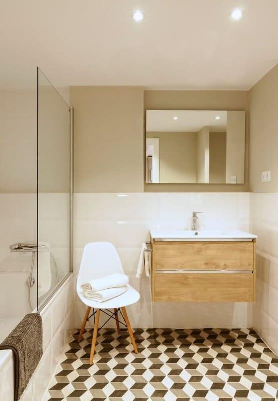 banheiro chique com cor nude
