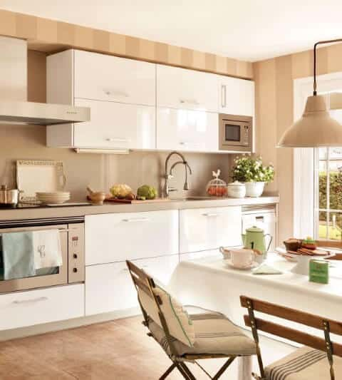 cor palha na decor da cozinha