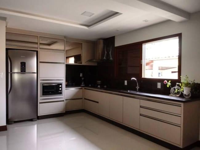 cozinha com cor nude