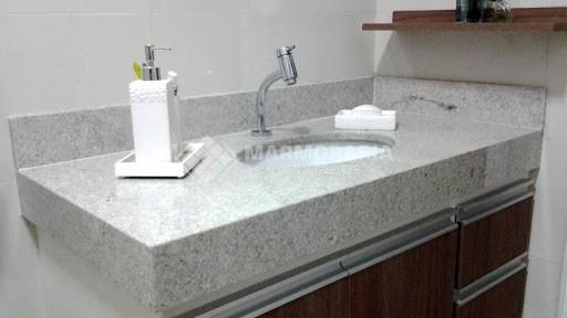 decor do banheiro com granito branco Itaúnas