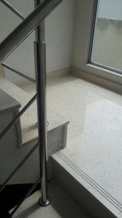 escada com granito branco Itaúnas