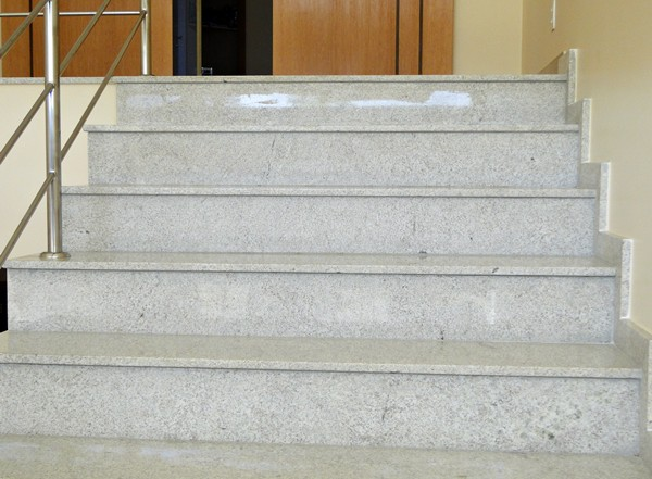 granito branco Itaúnas na sala