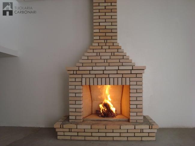 lareira de tijolo refratário