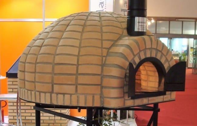 modelo de forno com tijolo refratário