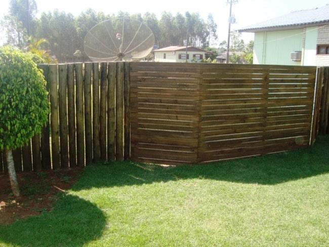 muro de madeira de construcao