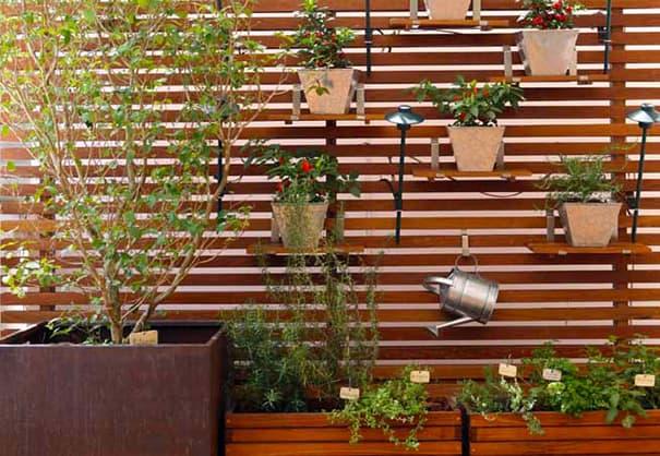 muro de madeira para area externa