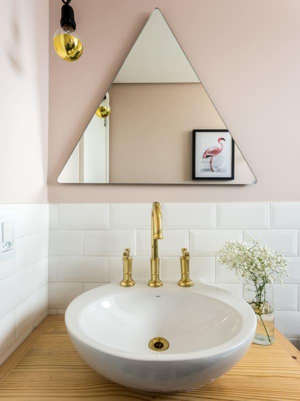 parede do banheiro com cor nude