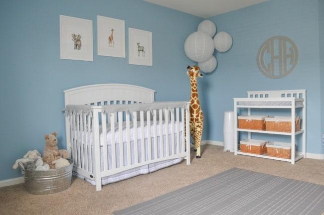 quarto de bebê safari detalhes em azul