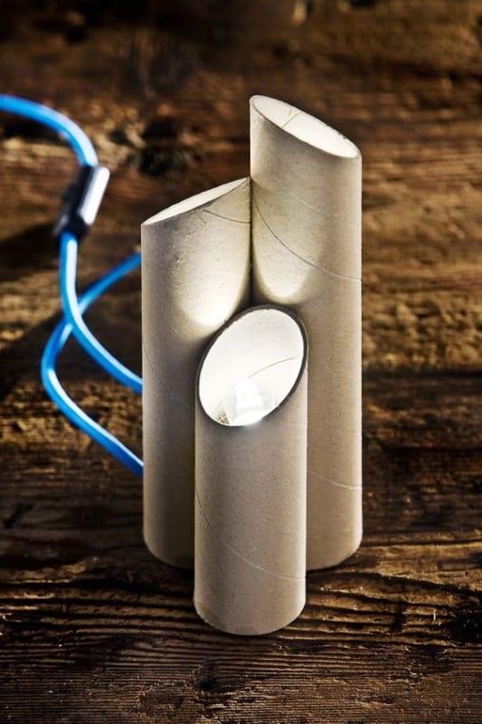 ideia de abajur simples de papelão