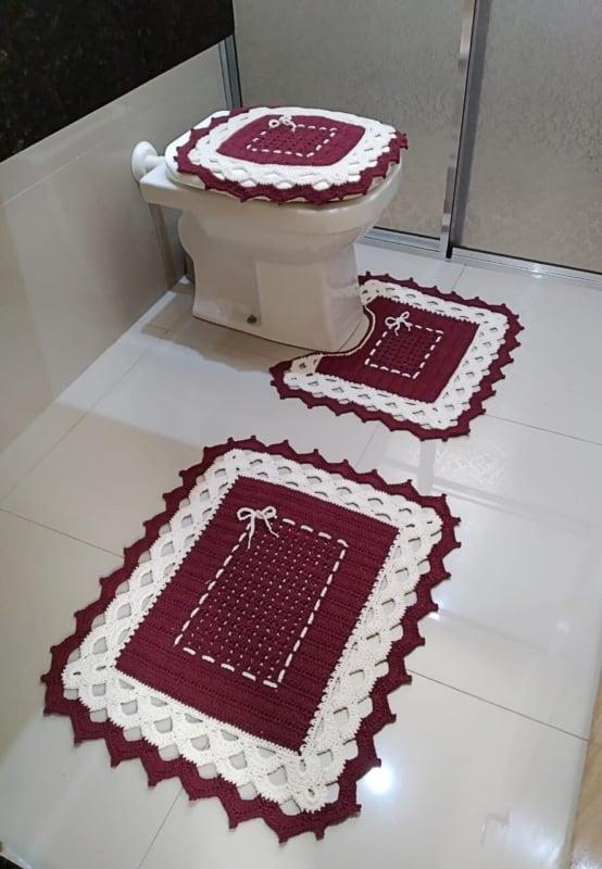jogo de tapete marsala para banheiro