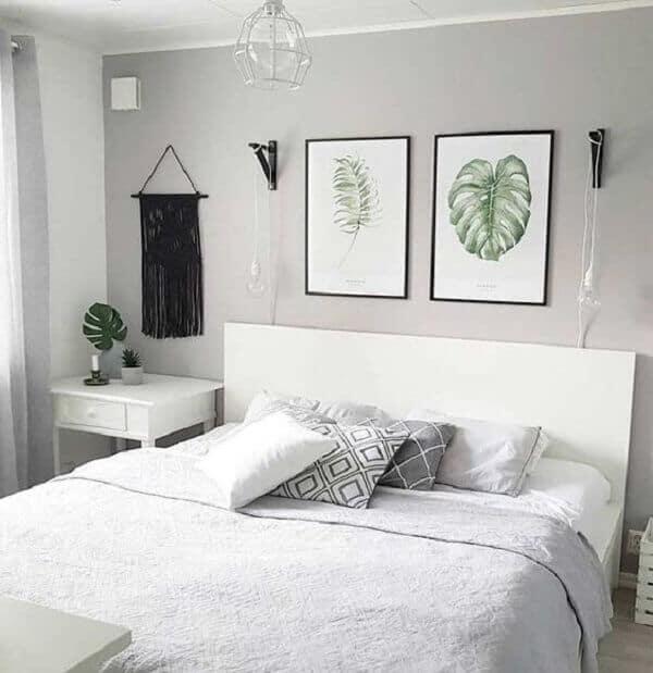 decoração de quarto tumblr simples com quadros