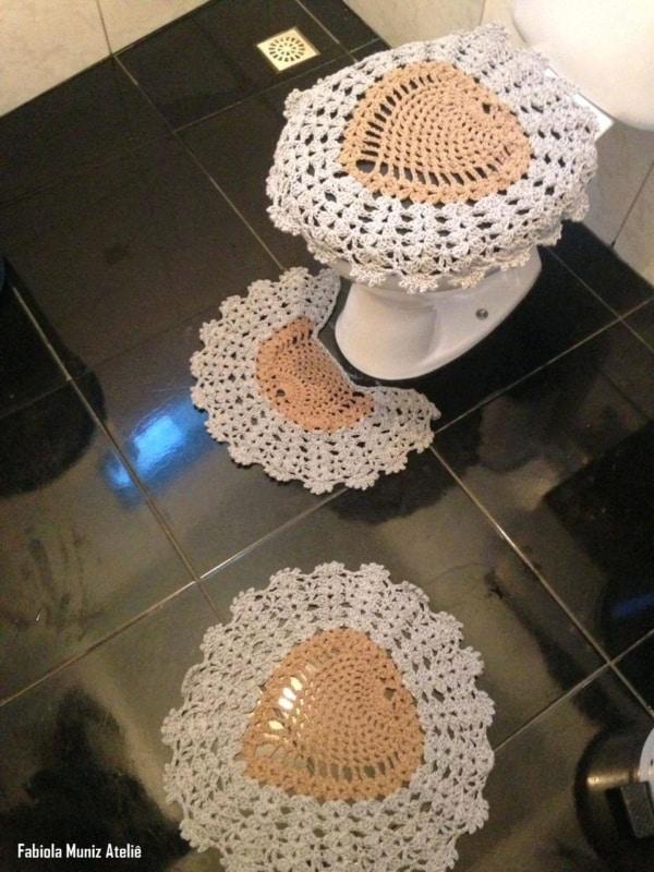 tapete de banheiro de crochê em ponto abacaxi