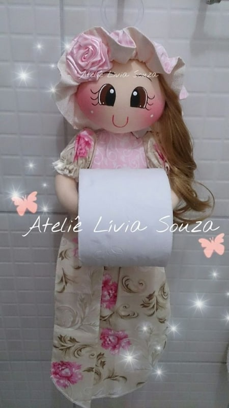 Boneca porta papel higiênico de EVA com roupa florida9