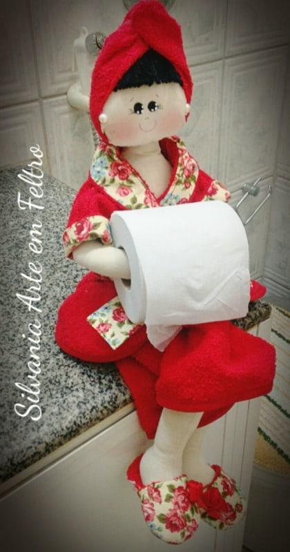 Boneca porta papel higiênico de feltro11
