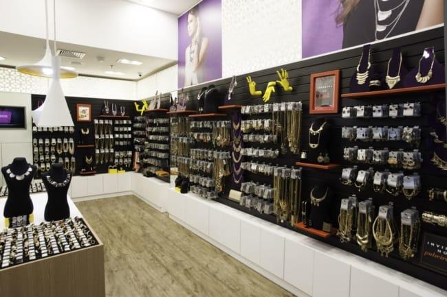 lojas de acessórios e bijuterias