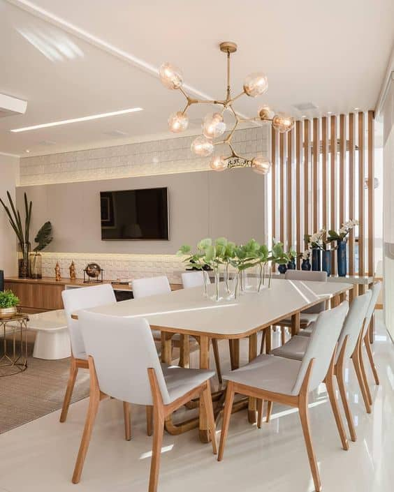 mesa de jantar grande com 8 lugares