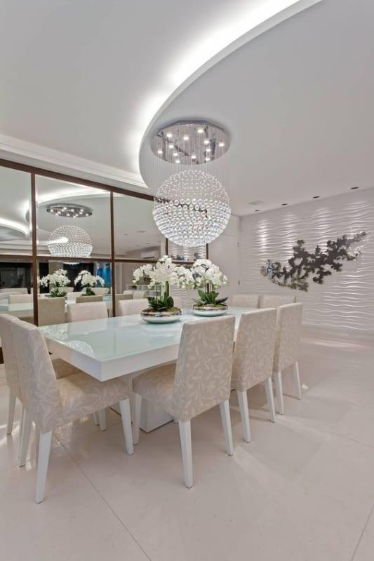 mesa de jantar retangular com 10 lugares