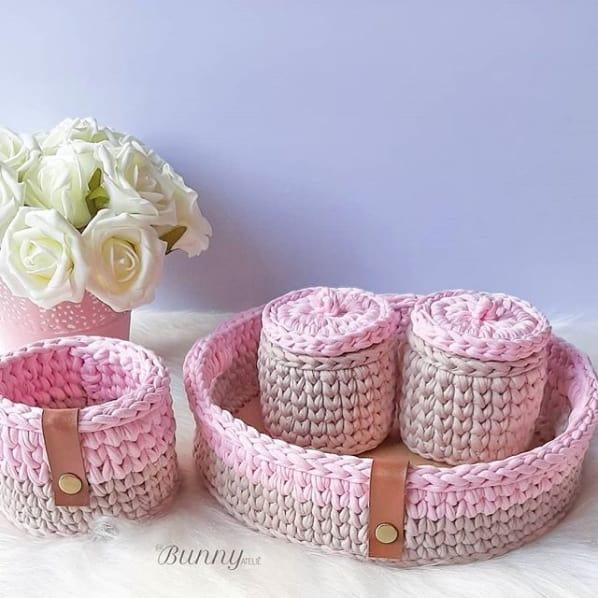 kit de cestos rosa em fio de malha para bebê