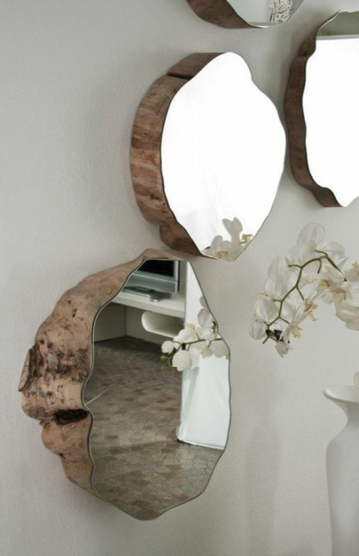 decoração de parede com bolacha de madeira com espelho