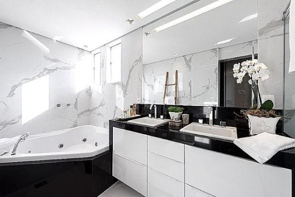 27 banheiro de luxo com granito preto absoluto