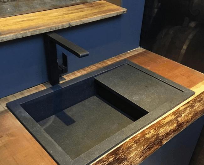cuba esculpida em granito preto absoluto escovado