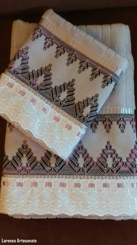 kit de toalha de banho e rosto bordadas em vagonite
