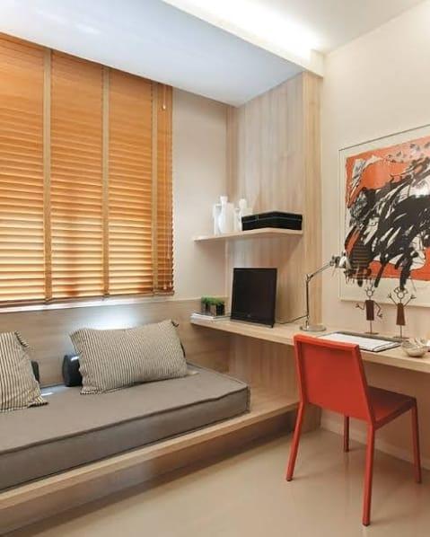 quarto de solteiro com cortina persiana