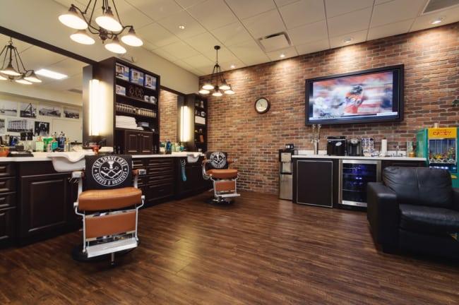 Bar e barbearia união que vem agradando muito os homens que frequentam este lugar