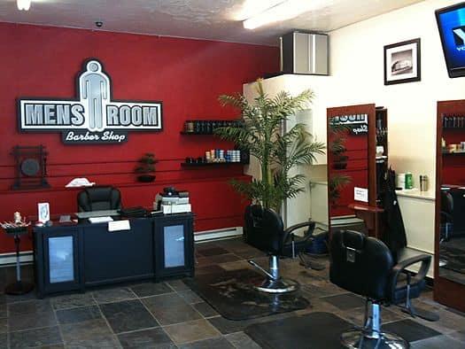 Barbearia moderna tem agradado e conseguindo muitos clientes