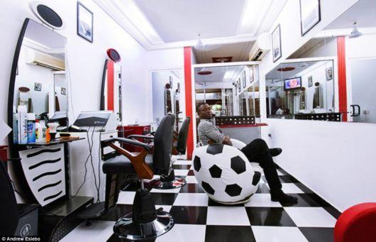 Dar um up no visual da barbearia virou tendência no mercado