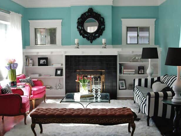 Decoração com azul tiffany e branca em sala41