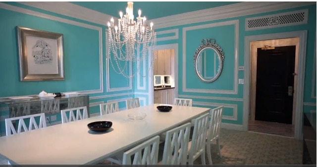 Decoração com parede azul tiffany em sala de jantar52