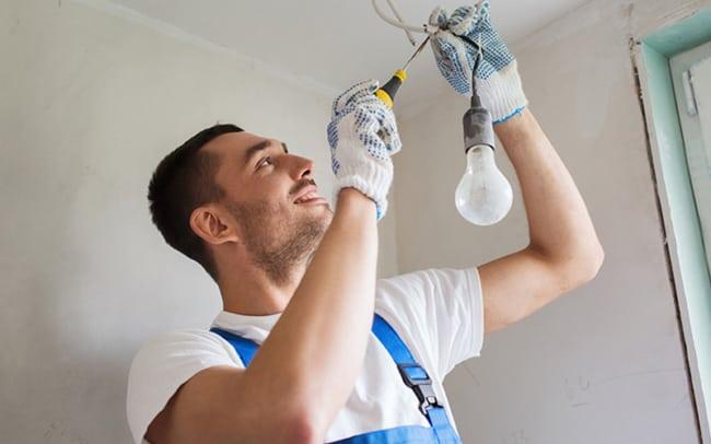 Faça a manutenção da instalação com segurança