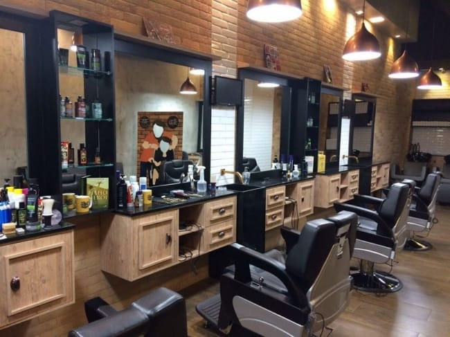 Modelo de barbearia moderna organizada e padronizada