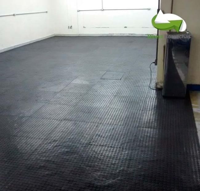 Outro modelo de piso industrial emborrachado