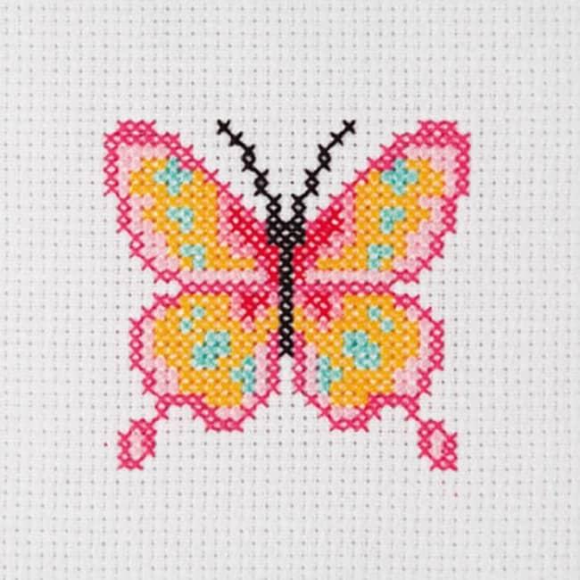 Ponto cruz de borboleta com cores vivas47