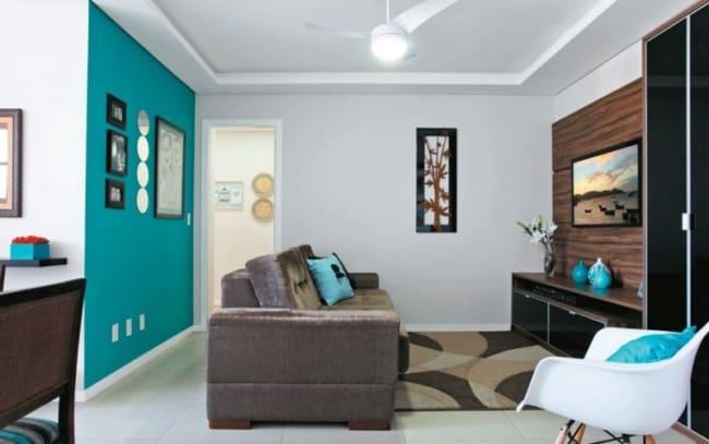 Sala decorada com parede azul tiffany2