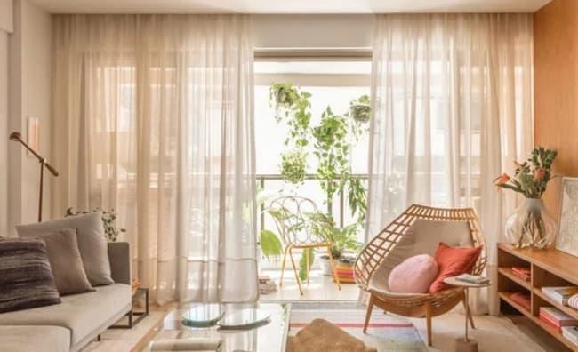 cortina marrom transparente para sala de estar