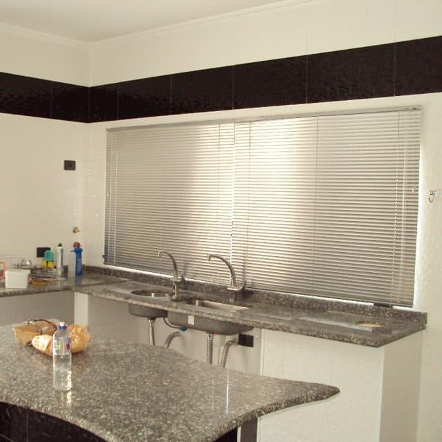cozinha com persiana